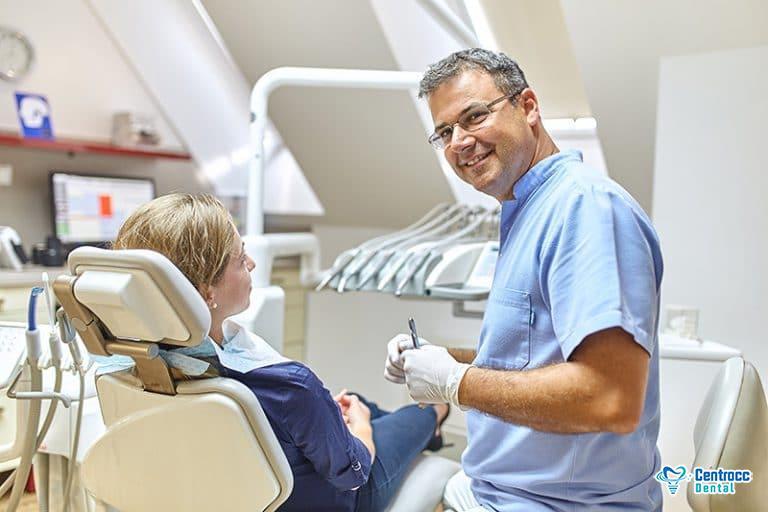 hässliche Zähne, Behandlung und Loch im Zahn