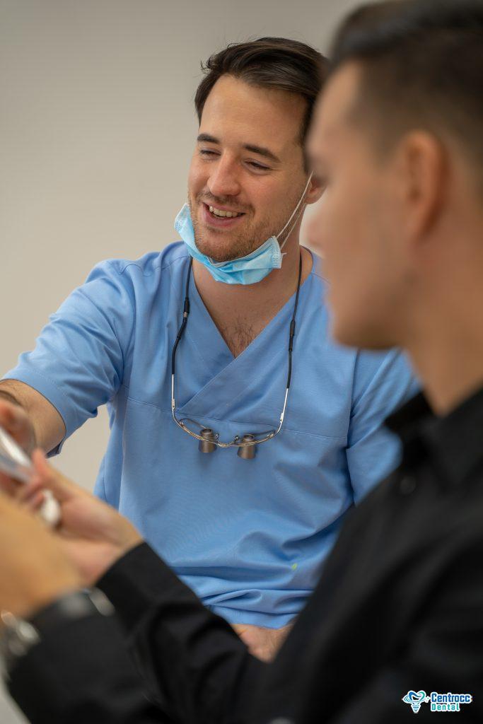 Zahnbehandlung in Ungarn Zahnarzt Ungarn Zahnpflege in Budapest Zahnpflege in Ungarn Bruchteil der Schweizer Preise